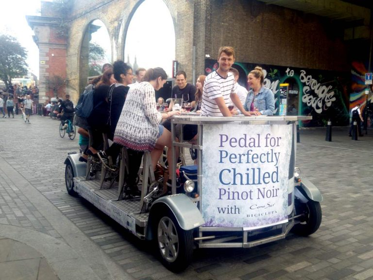 Cono Sur special event, advertising a chilled Pinot Noir with selected members of the press on London's Southbank